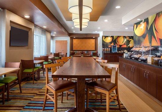 Texas City, TX: Breakfast Dining Area