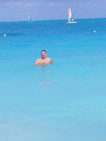 Royal West Indies Resort: Water is warm and clear