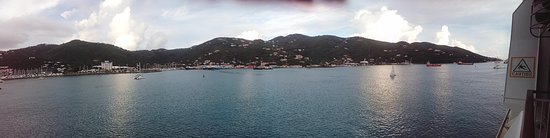 Road Town, Tortola: Foto fue tomada desde el deck 7 del NCL GEM