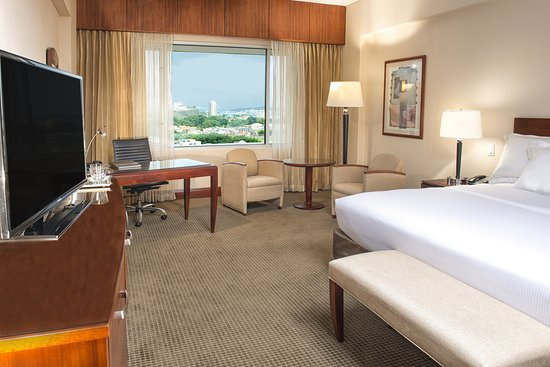 Hilton Colon Guayaquil: King Deluxe Accesible