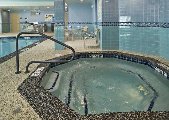 Hampton Inn Dover: Recreational Facilities