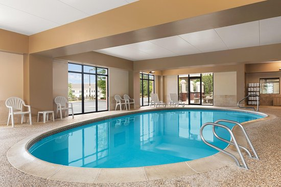 Bedford, NH: Indoor Pool