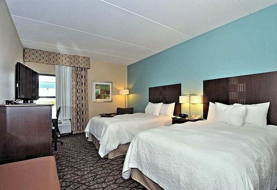 Eden, NC: Two Double Beds