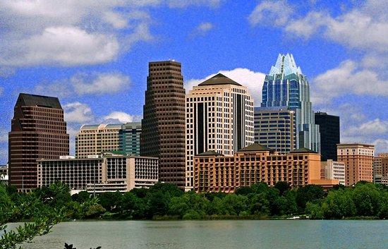 Hampton Inn Austin - Arboretum Northwest: Austin Skyline