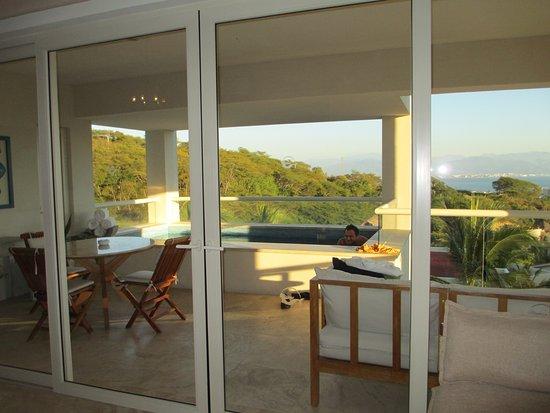 La Cruz de Huanacaxtle, México: Balcony master ocean view suite