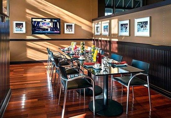 West Conshohocken, เพนซิลเวเนีย: Legends Semi-Private Dining Room