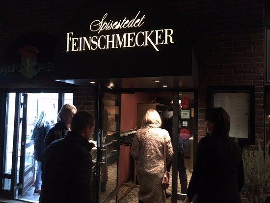 Feinschmecker: The entrance