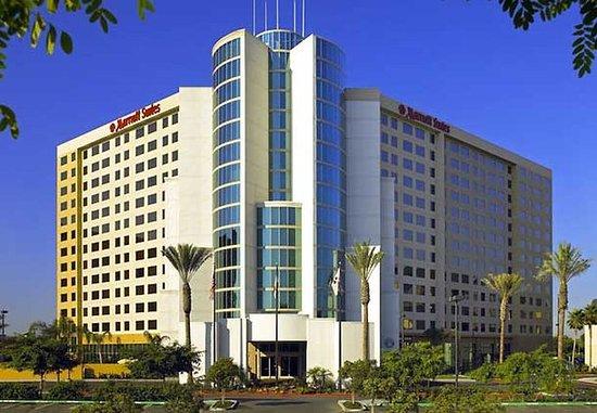 Anaheim Marriott Suites: Exterior