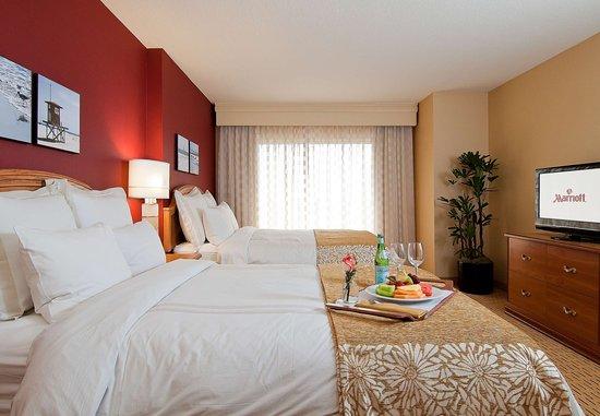 Anaheim Marriott Suites: Double/Double Suite - Sleeping Area