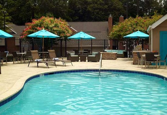 Chamblee, GA: Outdoor Pool