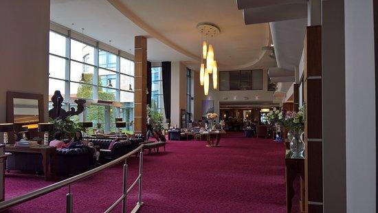 Cork International Hotel: Beautifully decorated throughout
