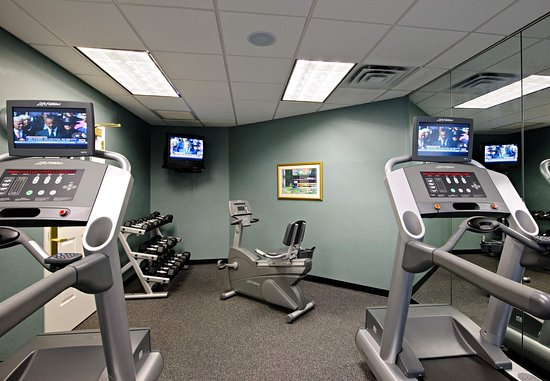 North Dartmouth, MA: Fitness Center