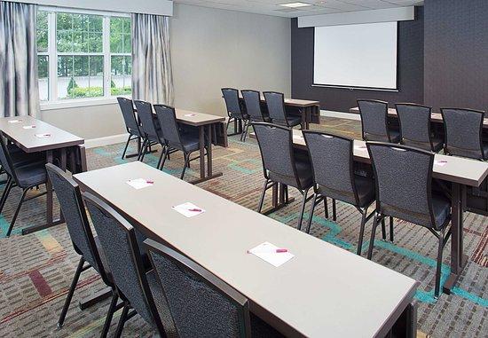 Saddle River, NJ : Kinderkamack Meeting Room