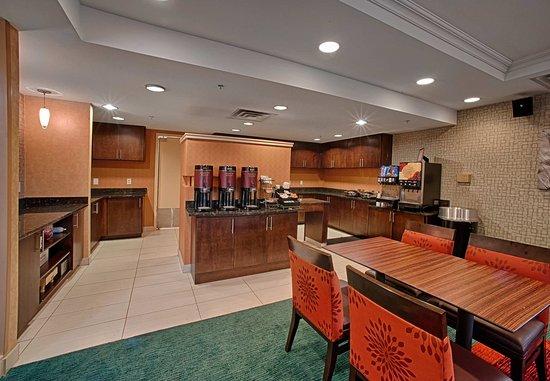 Neptune, NJ: Dining Seating Area