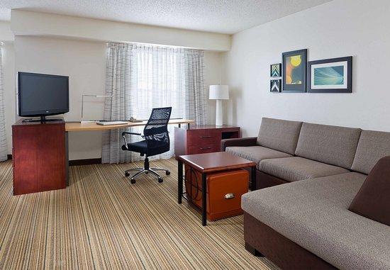 Poland, OH: Studio Suite – Living Area