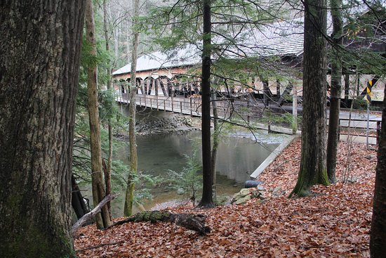 Loudonville, OH: View of covered bridge