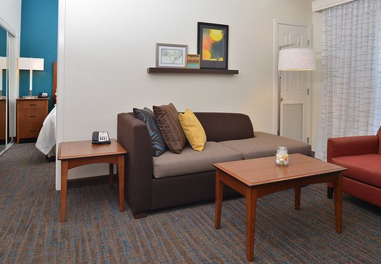 Loveland, CO: One-Bedroom Suite – Living Area
