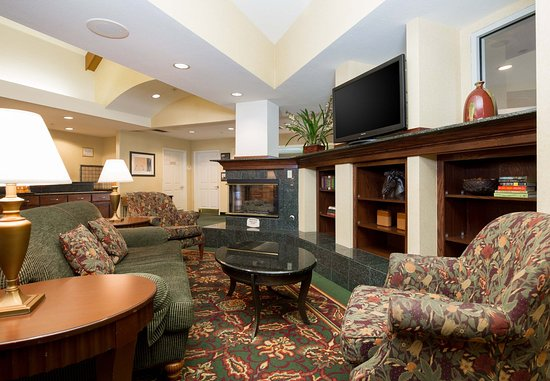 Photo of Days Inn and Suites Strathmore