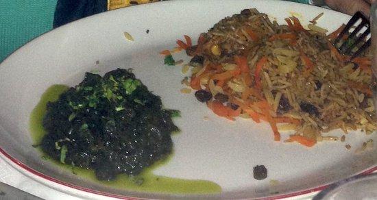 Chopan: Hühnchen mit Reis und afghanischem Spinat
