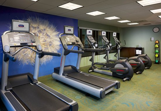 SpringHill Suites Newark Liberty International Airport : Fitness Center