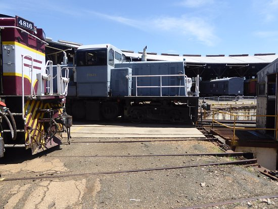 Junee, Australia: working loco service adjoins museum