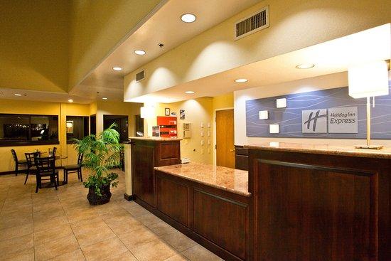 Grover Beach, Californien: Lobby Lounge