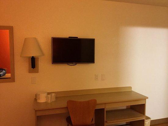 Fife, WA: Desk and TV.