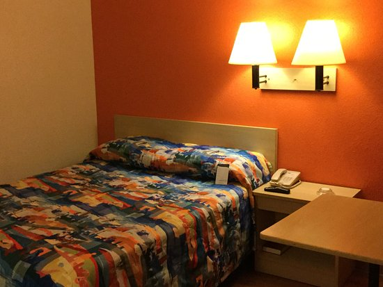 Fife, WA: Bed.