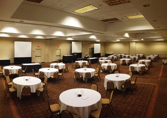 Park Plaza Bloomington: Banquet Room