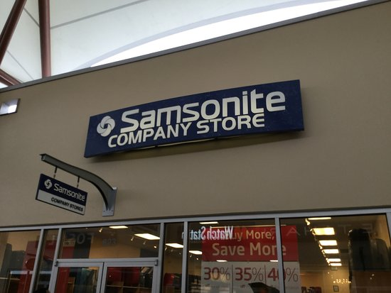 Marysville, WA: Samsonite.