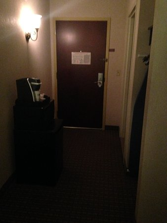 Haskell, NJ: Entry of room looking from inside room