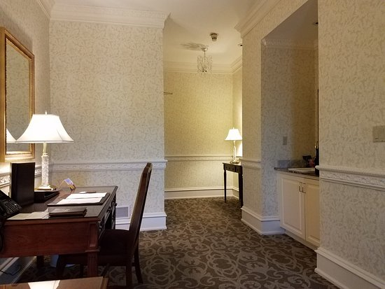 Farmington, PA: Chateau Club King