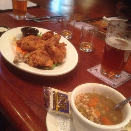 Long Valley, NJ: Soup & Wings
