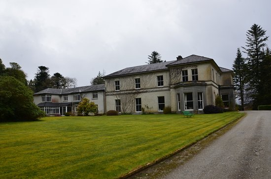 Oughterard, Ireland: South Side