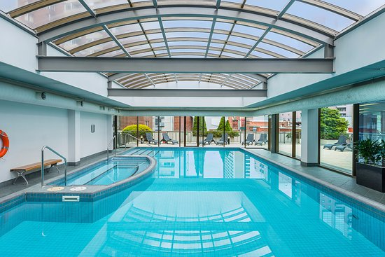 Mantra on russell updated 2018 hotel reviews price comparison melbourne australia for Swimming pools melbourne prices