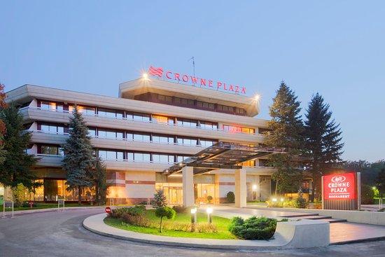 Crowne Plaza Bucharest : Hotel Exterior