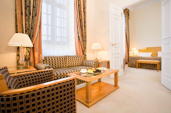 Althoff Grandhotel Schloss Bensberg: Dome Suite