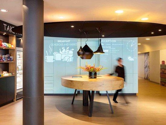 Ibis Amsterdam Centre Stopera: Exterior