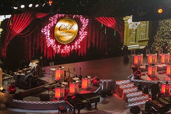 Christmas Stage - Picture of The Grand Ole Opry, Nashville ...