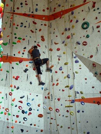 HUDY lezecká stěna