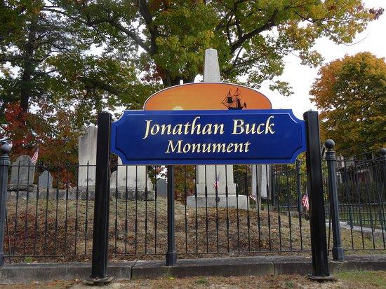 Bucksport, ME: Cemetery sign