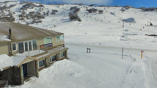 Perisher Valley, Australie : We are so close to the Ski fields that are just across the road