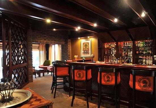 Protea Hotel by Marriott Hazyview: Bar