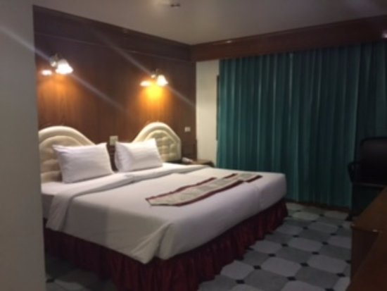 Lamai Inn: Spacious room