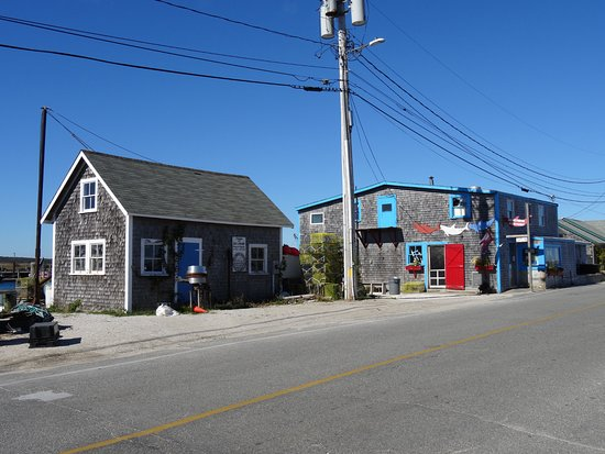 Menemsha, MA: the market (Blue-trimmed doors)