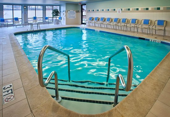 Paramus, NJ: Indoor Pool