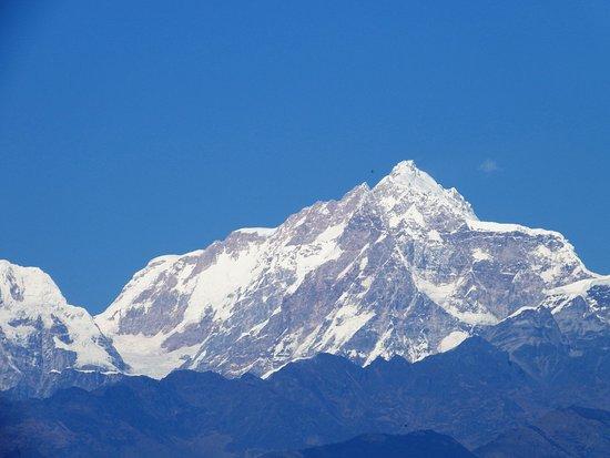 Kurintar, نيبال: Himalayas seen from the temple