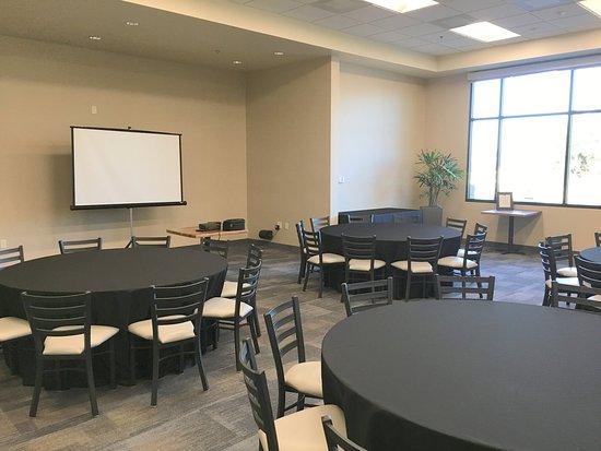 Atascadero, CA: Meeting Room