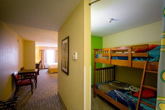 Stellarton, Canada: 1 Queen Bed Kids Suite