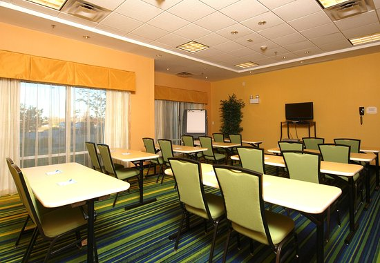 Fairfield Inn & Suites Cookeville: Meeting Room
